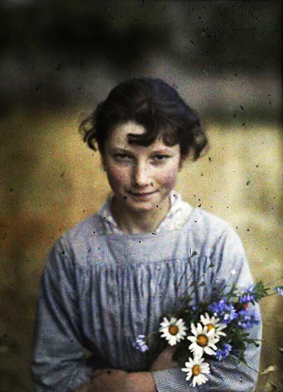 _Gustave-Gain-girl-with-wildflowers-1910
