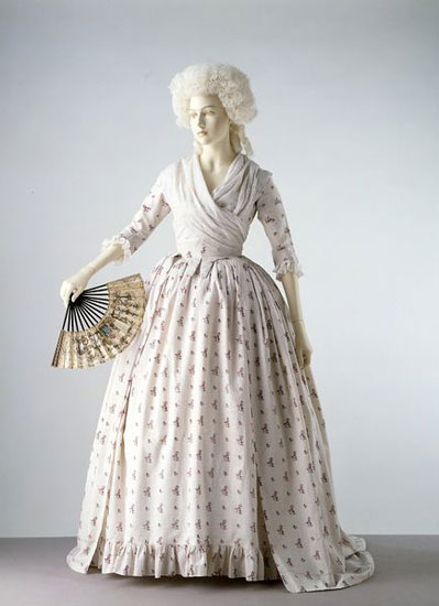 England-1780-block-printed-cotton-gown