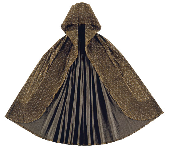 Resist-dyed-cotton-cape