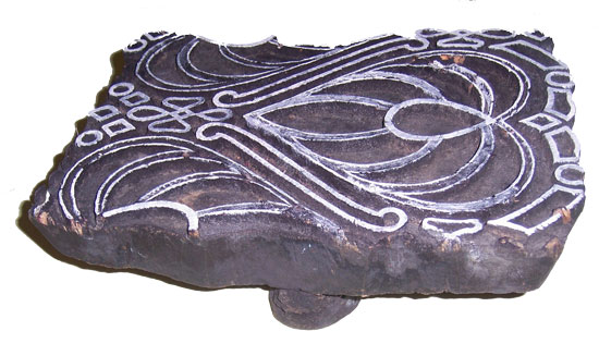 carved-wood-stamp-01