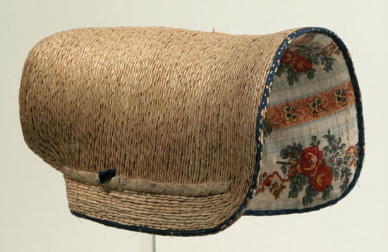 poke-bonnet-19th-century