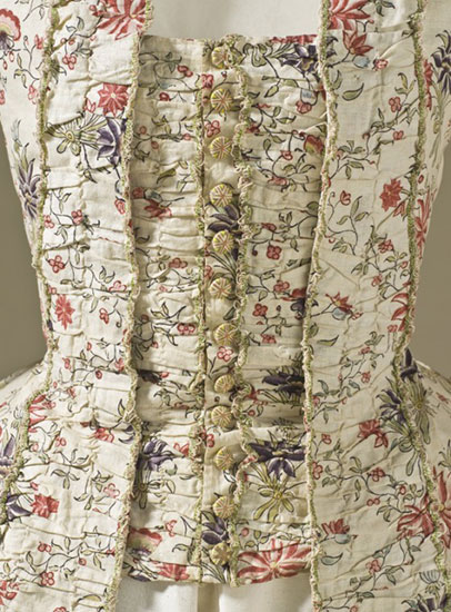 robe-francaise-1770-close